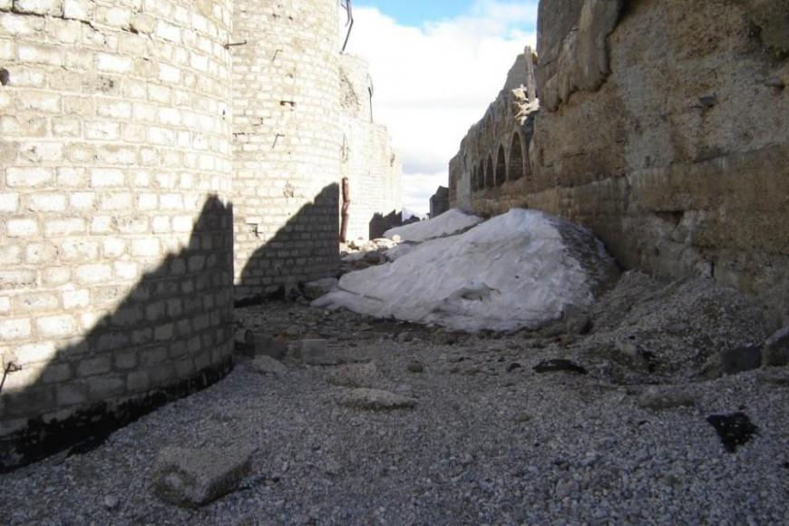 Mont Chaberton letzter Schnee (etwa 3 m)