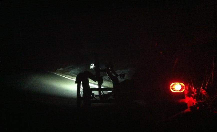 Dreirad bei Nacht