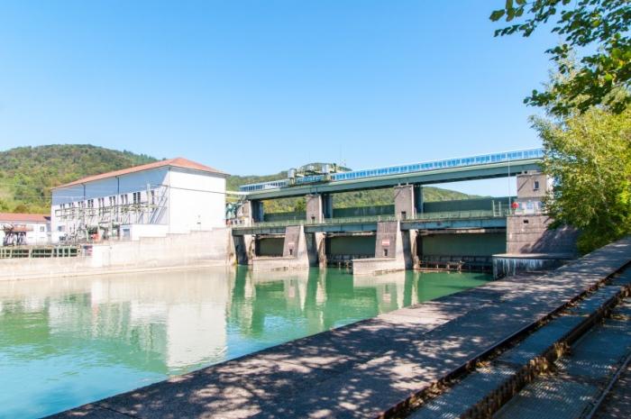 Das Kraftwerk bei Kuessaberg-Reckingen
