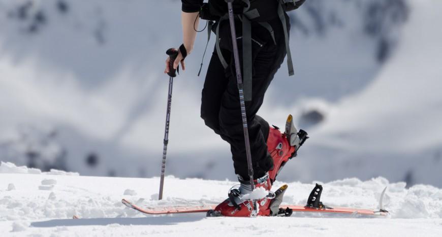 abfahrtstechnik beim skisport