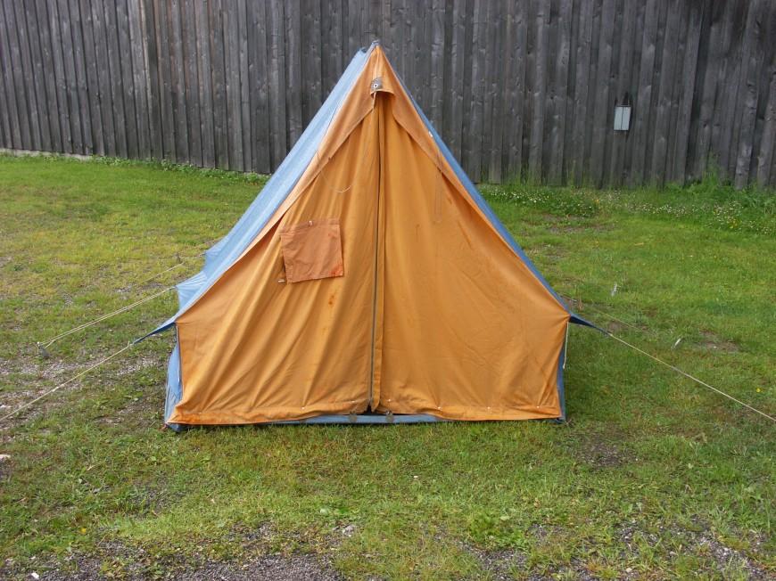 Willhaben Hochbett Zu Verschenken : Ganz viel zu verschenken Kleines Zelt, Korbtruhe, Schatztruhe
