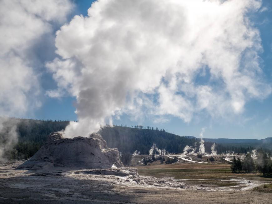 aaa_Yellowstone_6_of_17_